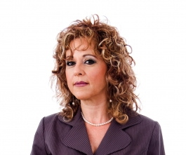 Business woman with curly hair